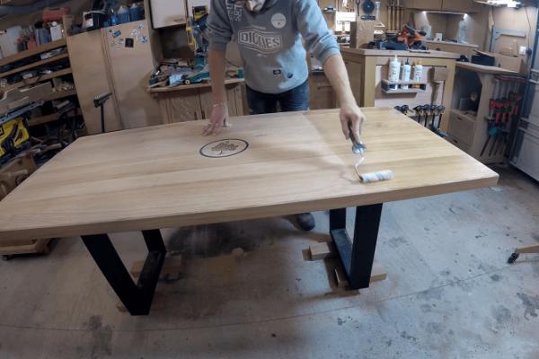 DIY table haute bois personnalisée