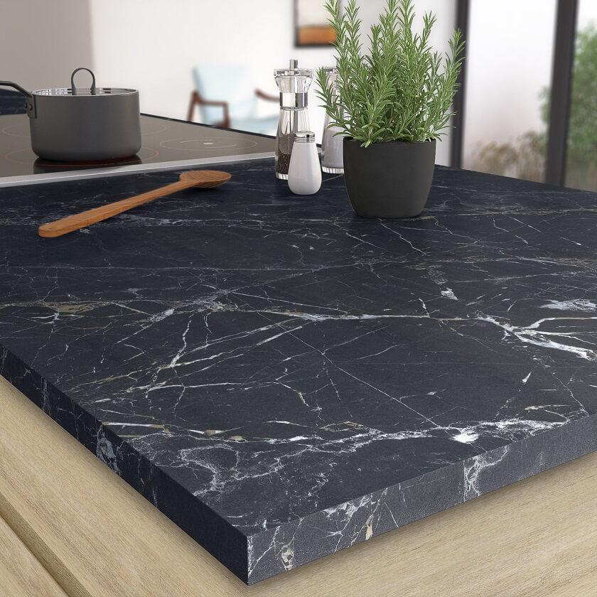 Plan de travail cuisine stratifié effet marbre